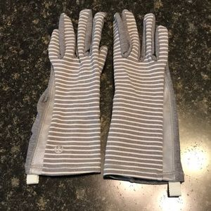 Lululemon run gloves